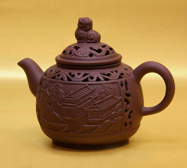 Чайники из исинской глины: их назначение и как выбрать