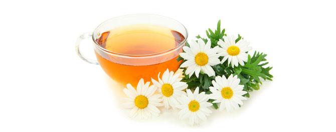 Чай с ромашкой, мёдом и перцем