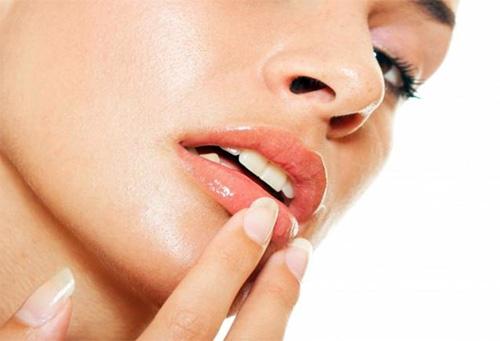 Маски для губ в домашних условиях
